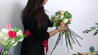 How To Make A Mixed Flower Bouquet