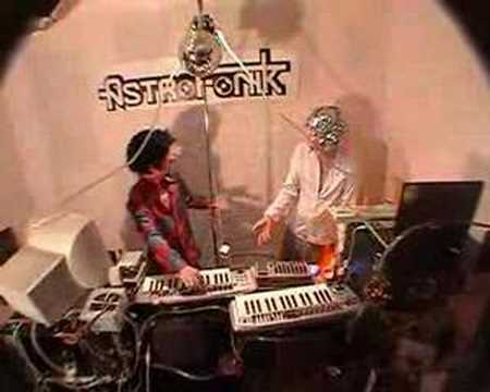 Superfreak Remix - NeuroKontrol VS Dooby (AstroFoniK Son de Teuf Hardtek Hardcore)