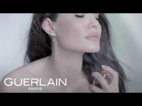 Анджелина Джоли оголилась для рекламы - Фото 1
