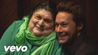 Video Zamba Para Olvidarte de Mercedes Sosa feat. Diego Torres