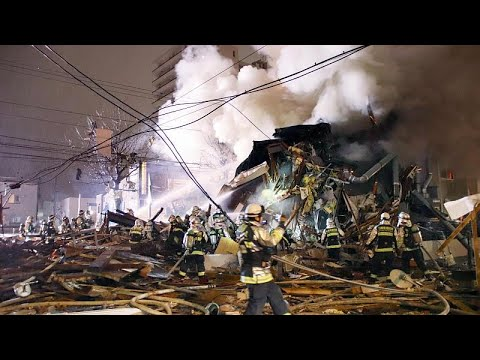 العرب اليوم - شاهد: انفجار يتسبب في هدم مبنى في مدينة سابورو اليابانية
