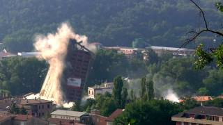 preview picture of video 'Demolizione EX Pastificio Ponte - video HD'