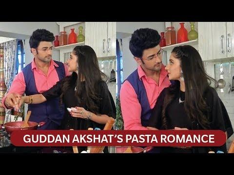 Kitchen Romance of Guddan & Akshat   Guddan - Tumse Na Ho Paayega