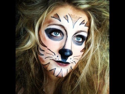 tiger make up mit normaler kosmetik tomclip. Black Bedroom Furniture Sets. Home Design Ideas