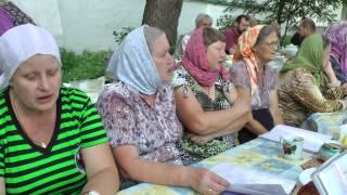 Песня о Богородице в исполнении луганских паломников. 2015 г.