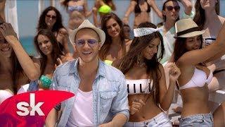 Смотреть онлайн Летний клип молодого сербского певца