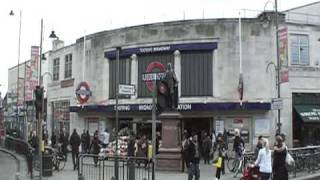 preview picture of video 'Tooting Broadway Junction London UK'