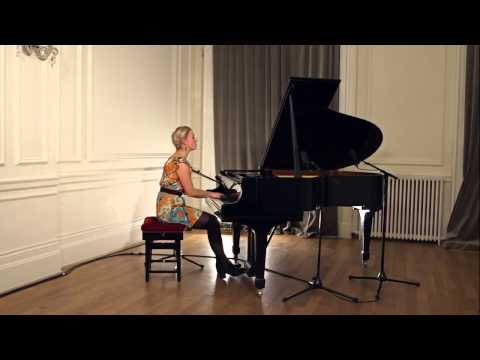 Eleanor the Pianist Video
