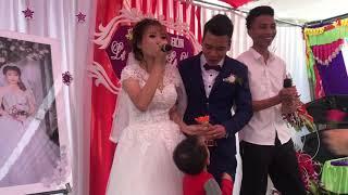Cô dâu hát chia tay người yêu cũ trước khi đi lấy chồng !