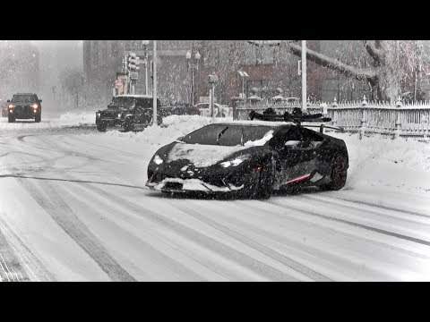 Huracan Performante Drifting in Snow Storm - Snowboarding Behind The Lambo!