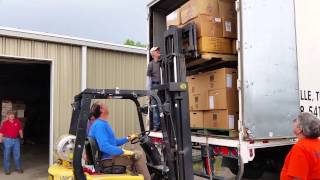 This is how you operate a forklift