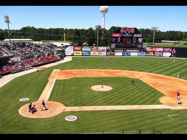 North Carolina military father acts as catcher to surprise kids at minor league baseball game