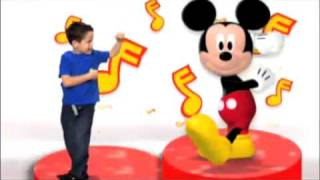 Mickey Mouse Clubhouse |  Hot Dog Dance | Disney Junior UK