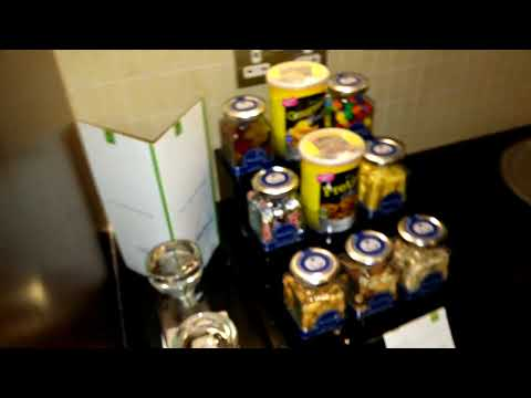 DUBAI Review ROOM Rose Rayhaan by Rotana Hotel 4 stars Luxury