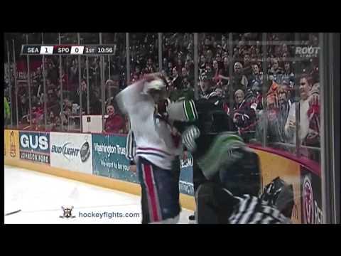 Connor Honey vs Steve Kuhn