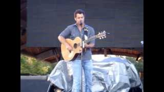 "Easton Corbin ""That'll Make You Wanna Drink"" @ Temecula Valley Balloon and Wine Festival 2013"