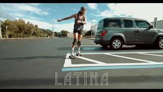 Latina Que Patina [Latina Roller Skater] | 4K