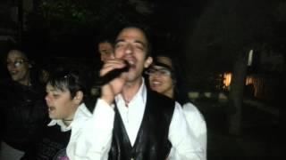 preview picture of video 'Mussomeli - karaoke CALOGERO ANZALONE canta NEK - Laura non c'è'