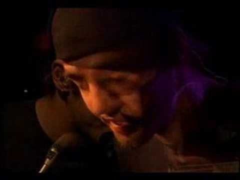 Three Days Grace -  I Hate Everything About You ( acoustic )