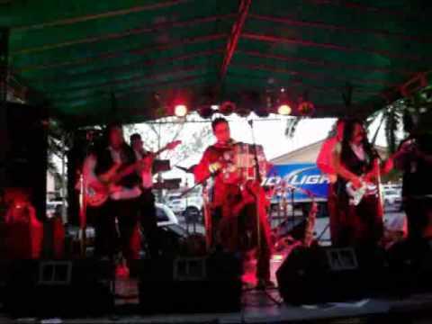 La Distancia - March 22, 2009 - TTMA Fan Fair - Ojitos Negros