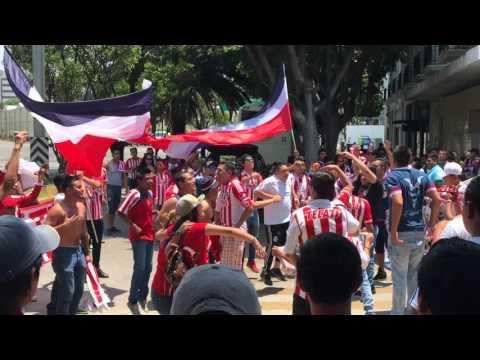 """LA IRREVERENTE , REJA E INSURGENCIA - PREVIA PUEBLA VS CHIVAS"" Barra: Barra Insurgencia • Club: Chivas Guadalajara"