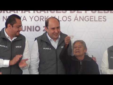 Entrega de Visas para los Beneficiarios del Programa Raíces de Puebla, grupos Nueva York y Los Ángeles