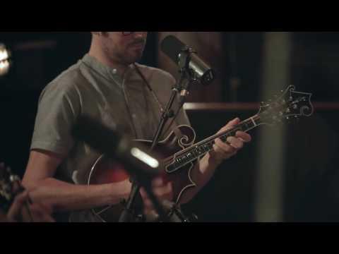Hard Travelin' - Youtube Music's Nashville Session