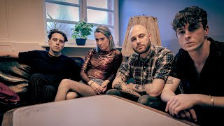 Yonaka   Die Newcomer Aus England: Backstage Interview In Berlin, Privatclub
