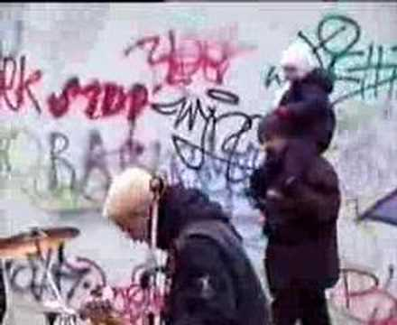 The Fialky - THE FIALKY - Jízda (videklip 2003)