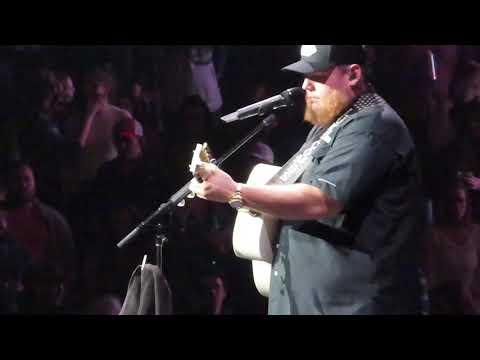 Luke Combs Dear Today Beer Never Broke My Heart Tour Nashville 12/13/19