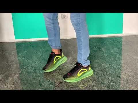 Nike Air Max 720 Review Deutsch weiß/schwarz/schwarzgrün on feet