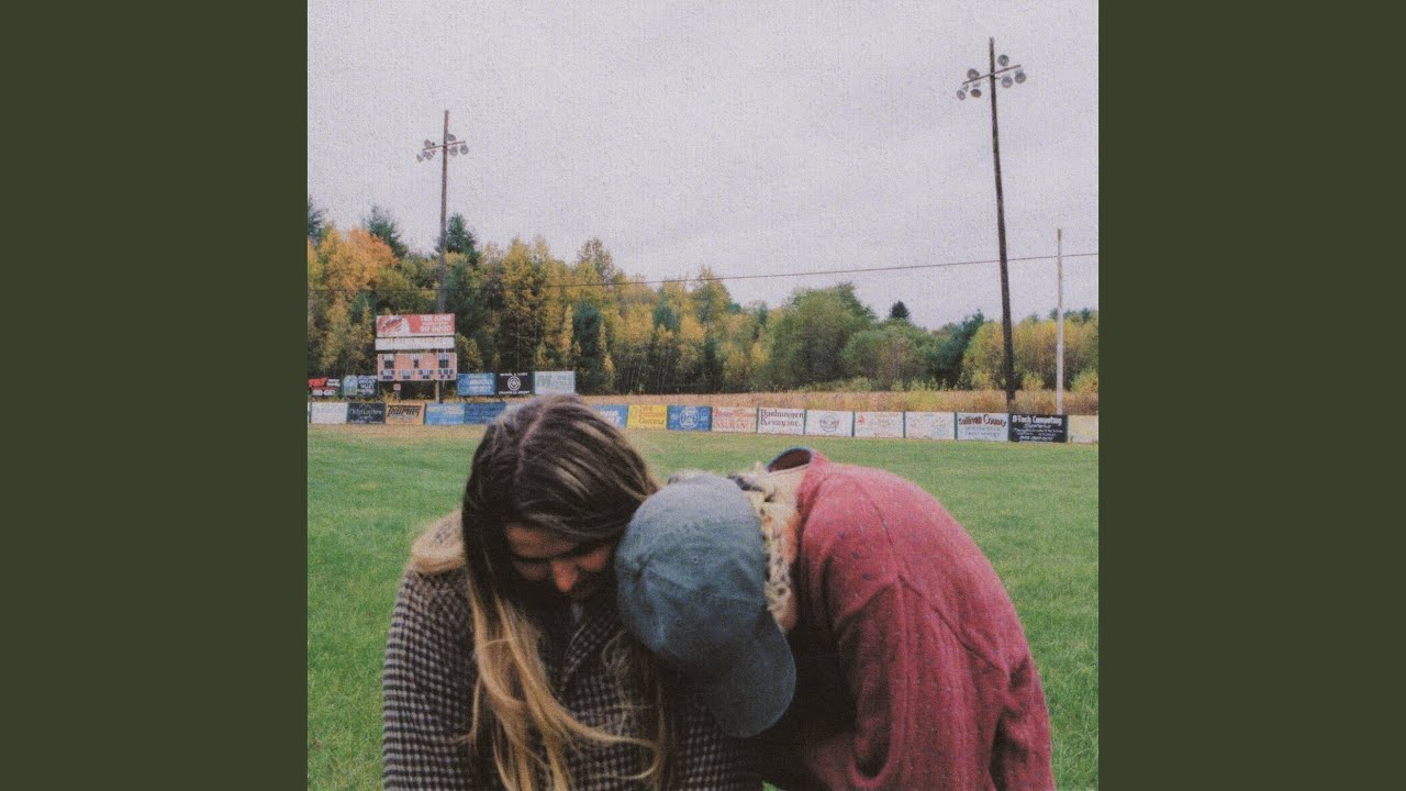 Lirik Lagu This Is How You Fall In Love -  Jeremy Zucker dan Terjemahan