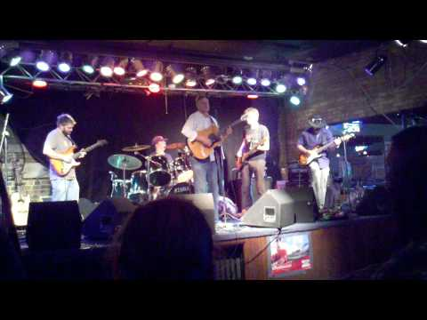 2 & 1/2 Brains - Whiskey Junction - 11/05/2011