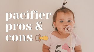 Should I Give My Baby A Pacifier? (10 pros and cons!)