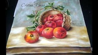Cesto de maçãs