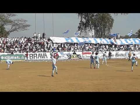 """""""Recibimiento Ultra Blanca y Barra Brava de visita en San Vicente en J16"""" Barra: La Ultra Blanca y Barra Brava 96 • Club: Alianza"""