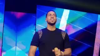 Farsante Remix/ Romeo Santos en vivo en la Arena Monterrey México/#GoldenTour