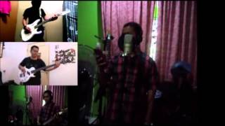 Jerangkap Samar - Wings Cover Split Screen