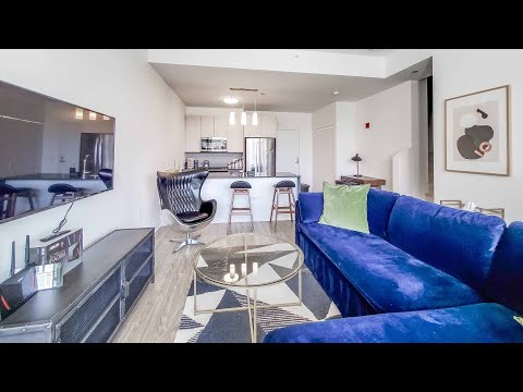 A South Loop 2-bedroom townhome #212 at the new The Cooper Southbank