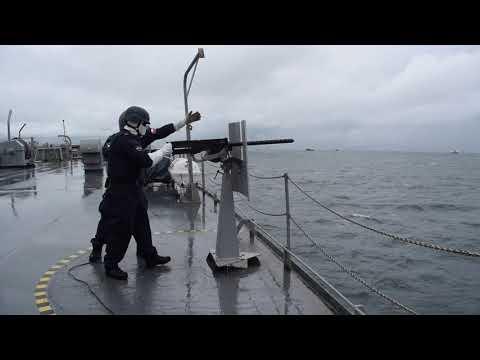"""Buque AO """"Almirante Montt"""" de la Armada de Chile operando en aguas internacionales"""