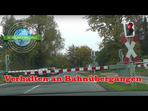 Verhalten an Bahnübergängen - Fahrstunde - Prüfungsfahrt - Führerschein