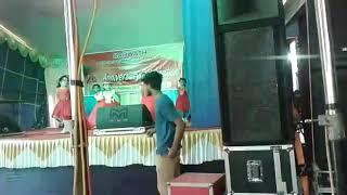 49  Group Dance girls UKG B