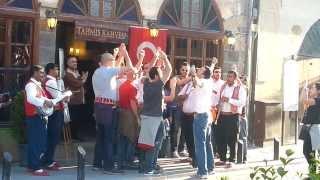 preview picture of video 'Gaziantep Tahmis Kahvesi'nde Çocukluk Aşkımsın Tezahüratı - Galatasaray - 28.04.2013'