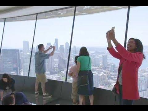 العرب اليوم - شاهد: برج شاهق في واشنطن يُتيح للسائحين تجربة مرعبة وفريدة