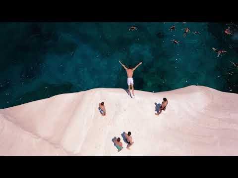«Μένουμε ασφαλείς, απολαμβάνουμε Ελλάδα»: Το νέο σποτ για τον ελληνικό τουρισμό