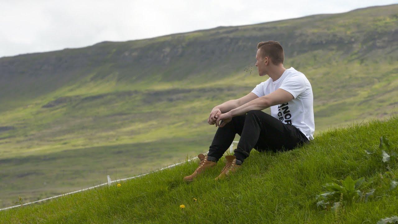 1. Þáttur: Eyjafjörður - Fyrri hlutiThumbnail not found