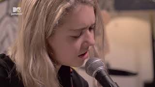 "Snail Mail Performs ""Let's Find An Out"" (MTV Jammin')"