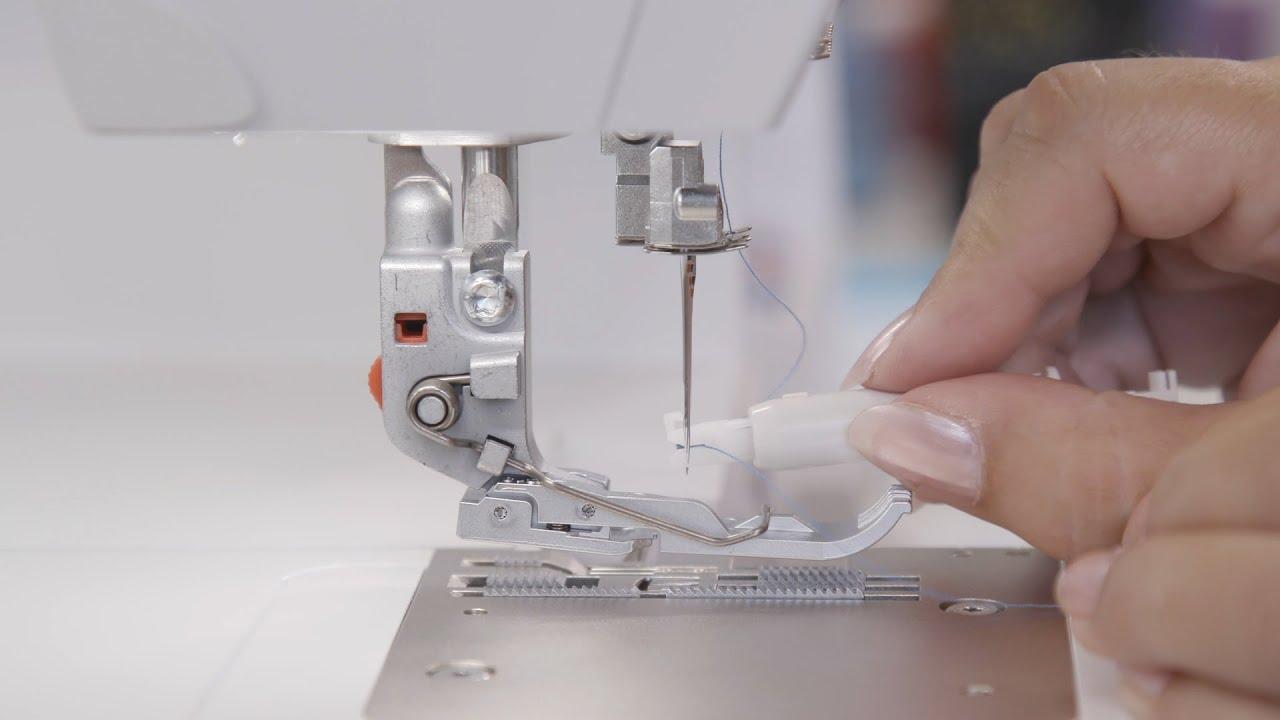 Nadeln einfädeln für Coverstich