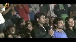 Kanhaiya Kumar Crack Jokes On Smriti Irani At JNU Campus | Mango News