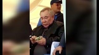 Болат Назарбаевтың ақша таратқан видеосы тарады